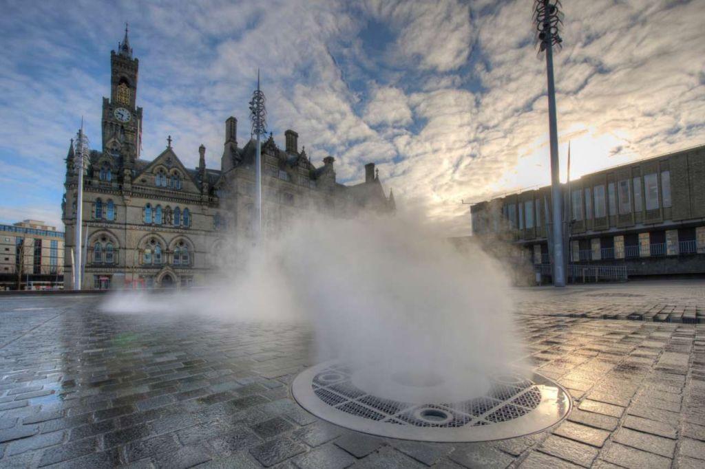 英国布拉德福德城市公园 Bradford City Park by Gillespies