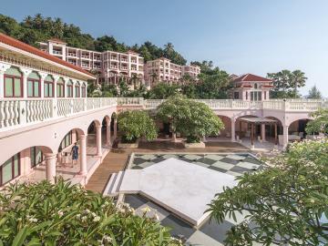 Centara-Grand-Beach-Resort-Phuket