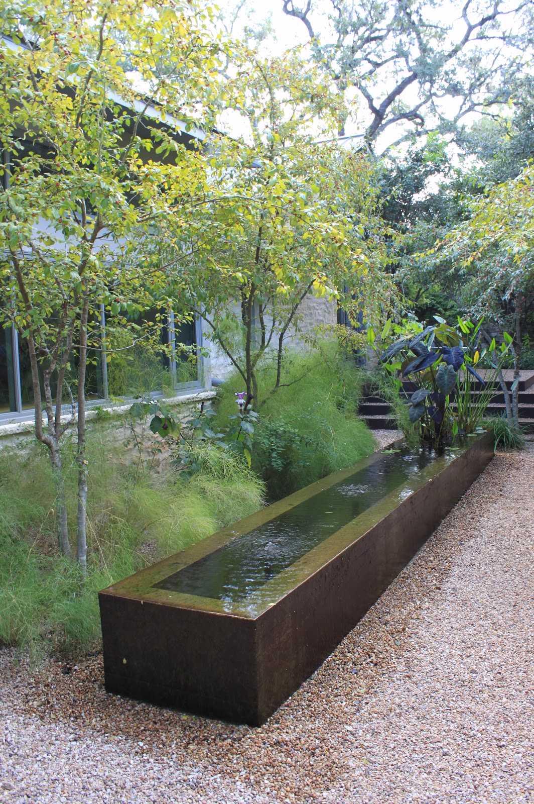 改造后的雨水花园庭院 Rain Garden By Ten Eyck Landscape Architects