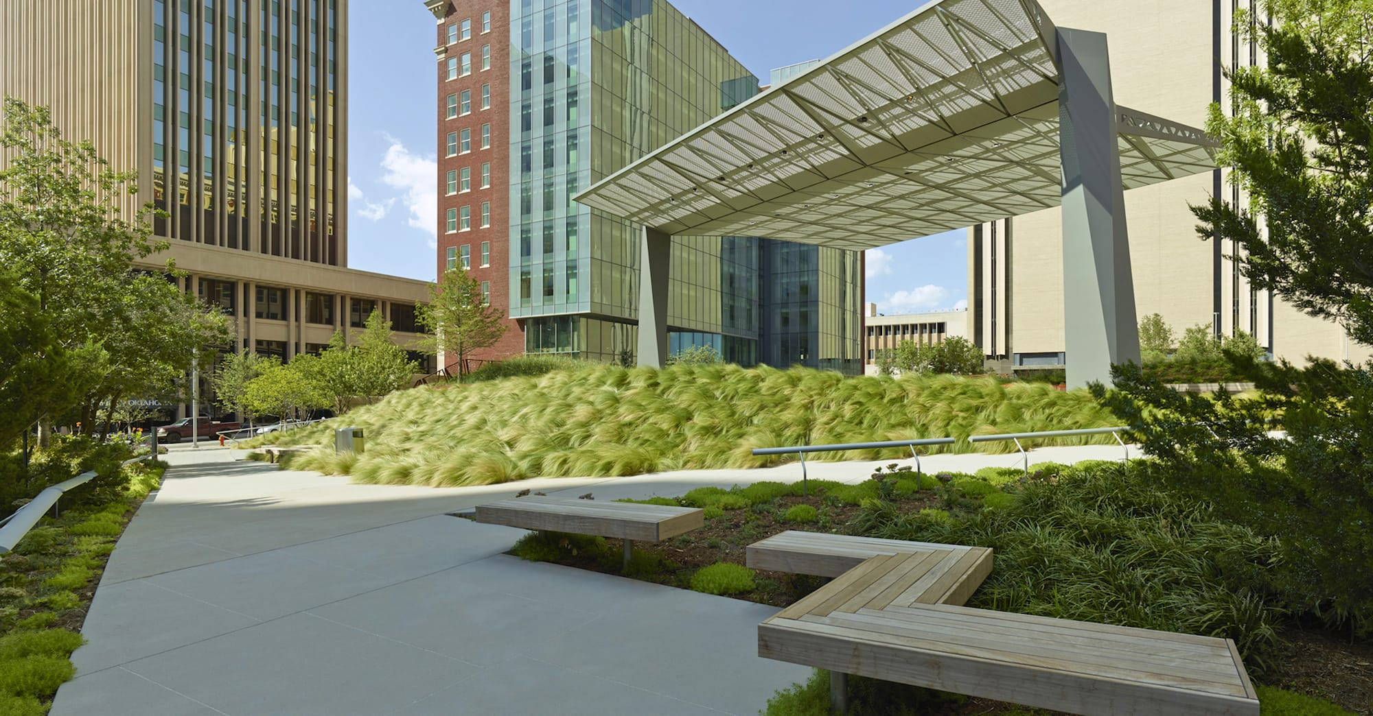 Sandridge Energy Commons By Hoerr Schaudt Landscape Architects